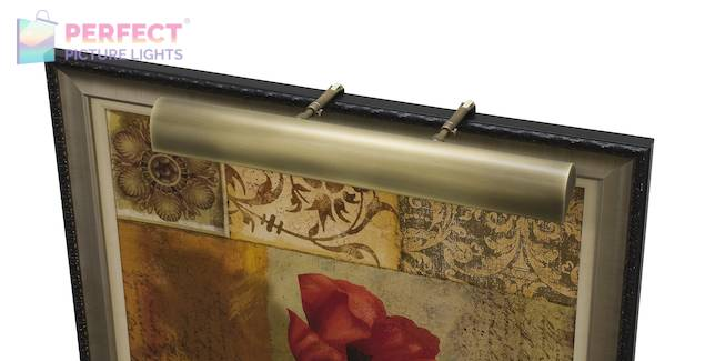"""Traditional 21"""" Antique Brass Picture Light"""