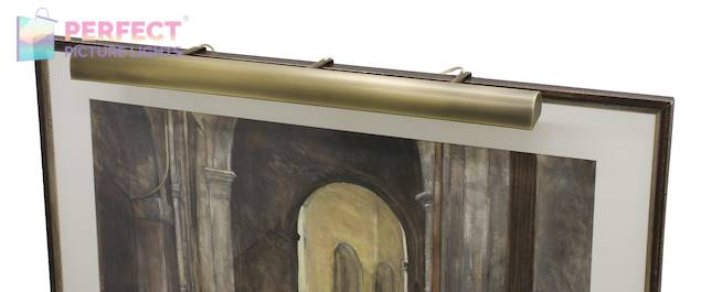 """Traditional 36"""" Antique Brass Picture Light"""