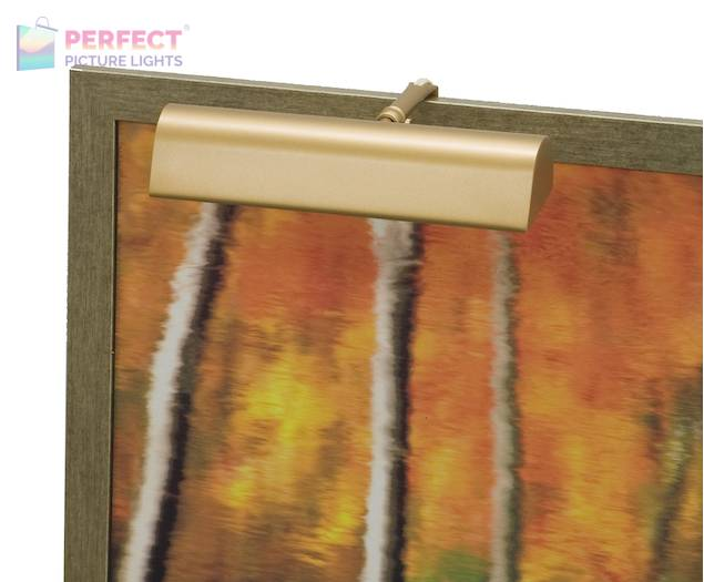 """Traditional 9"""" Gold Picture Light"""